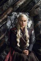 703 Daenerys Thron