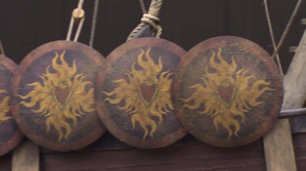 Baratheon-round-ship-shield.jpg