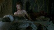 Theon wakes