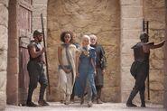 304 Daenerys Missandei Jorah Barristan