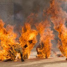 Сыны Гарпии в огне 5x09.jpg