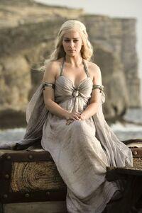 101 Daenerys 001