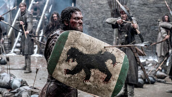 609 Jon schützt sich mit einem Schild