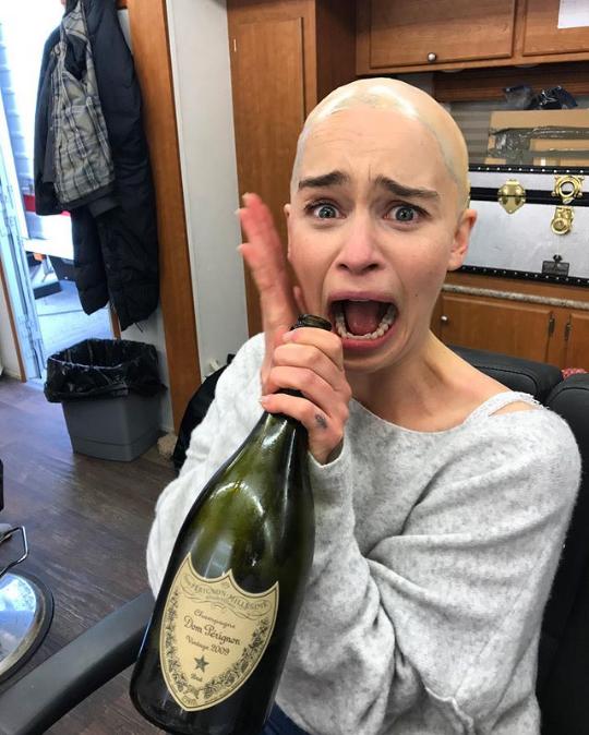 Емілія Кларк після 5 серії 8 сезону.PNG