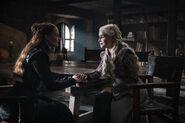 802 Sansa Daenerys
