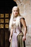 210 Daenerys 01