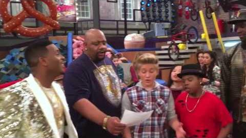 """Dan_Schneider_""""Game_Shakers""""_Game_Shakers_sing_the_iCarly_Theme_Song!"""
