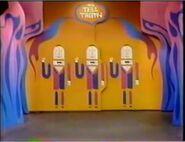 TTTT1972 Door Close Up