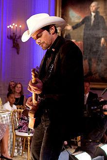 240px-Brad Paisley at the White House.jpg