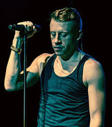 Macklemore The Heist Tour 1 cropped