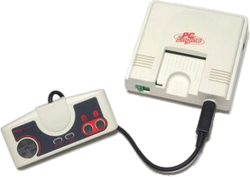 Hardware-PC-Engine-with-Controller.png