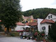 Schloß Weissenstein und Gasthaus Linde