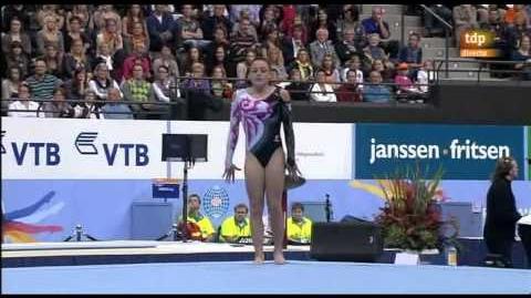 Mundial_artística_2010._Final_individual_femenina_2_8