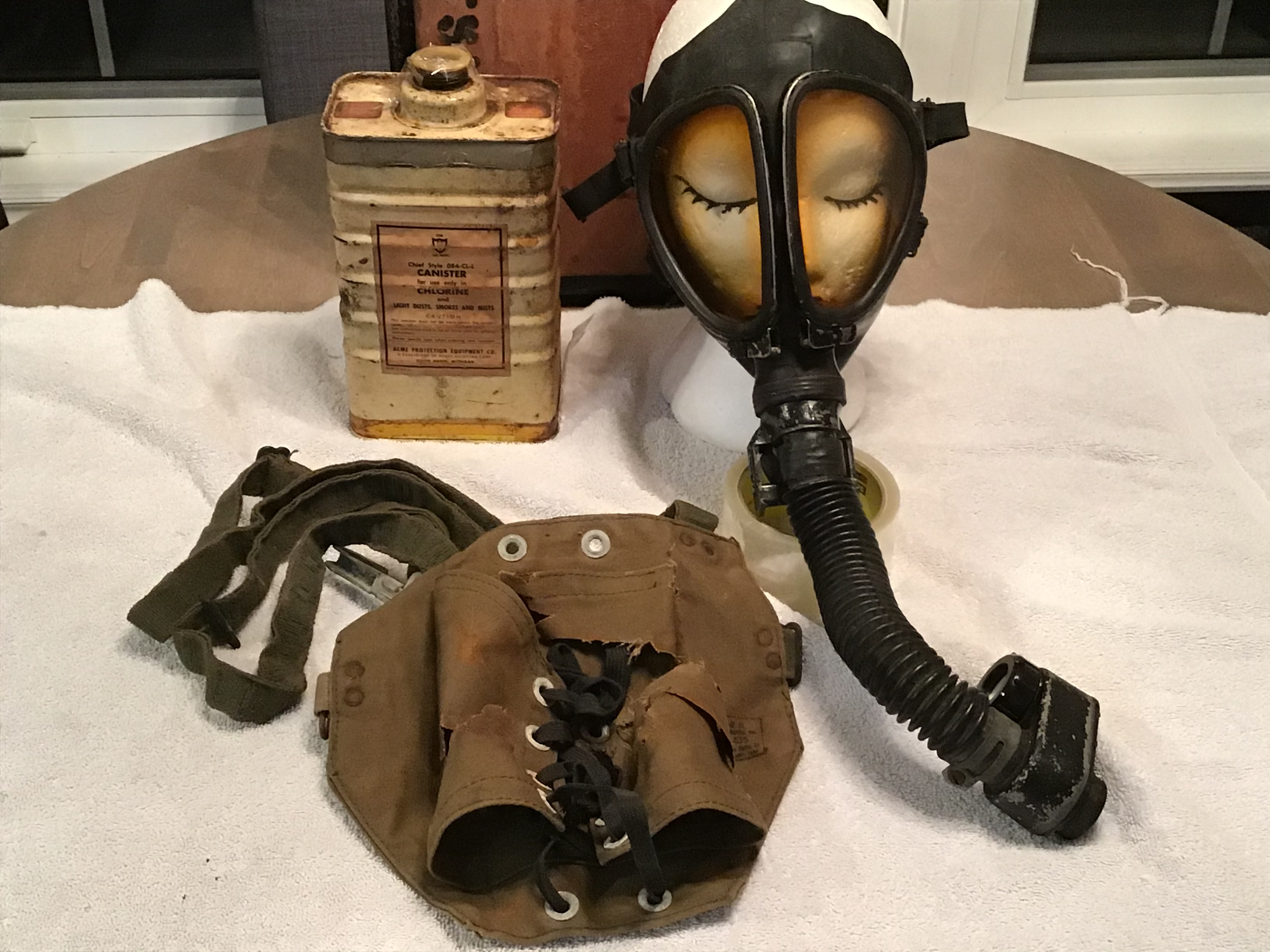 Acme Full Vision All Purpose Gas Mask Number 4