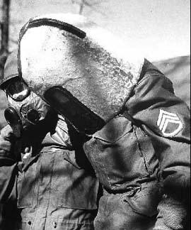 M18 Headwound Gas Mask