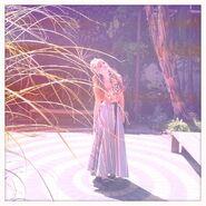 Bella-thorne-10