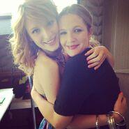 Bella-thorne-with-a-good-good-friend