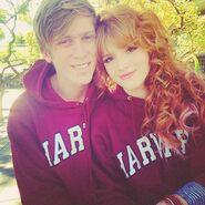 Bella-thorne-curlyhairhoodie-with-boyfriend