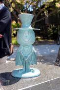 Mephisto II statue