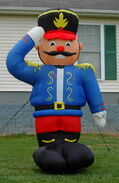 GEMMY 8FT TOY SOLDIER NUTCRACKER LIGHTED AIRBLOWN INFLATABLE YARD DISPLAY