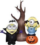 5.5' Airblown Minions w Tree and Pumpkin Scene