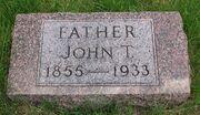 Puckett-JohnThomas tombstone.jpg