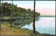 PostcardLakeMoheganParkNorwichCT1909