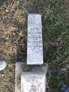 Jane Hearn Segars headstone (broken)