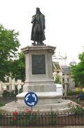 Statuia lui Miron Costin din Iaşi