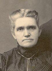 Puckett-Julia 1920.jpg