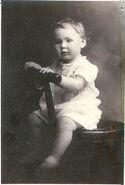 Laura Minnie Van Cott (1916-2007)1
