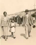 Edward William Burgess Baglin, Florence Eveline Jenner (wife) & Grace Enid Baglin (daughter) on holiday Weston-Super-Mare