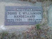 Doris Elizabeth Wilkins Williamson Handegaard tombstone in 2012.jpg
