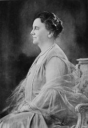 File:Wilhelmina van Oranje-Nassau (1880-1962).jpg