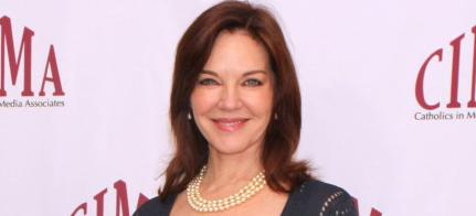 Naomi Dreyfus (Robin Riker)