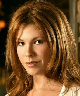Gina Cates (Stephanie Dicker)