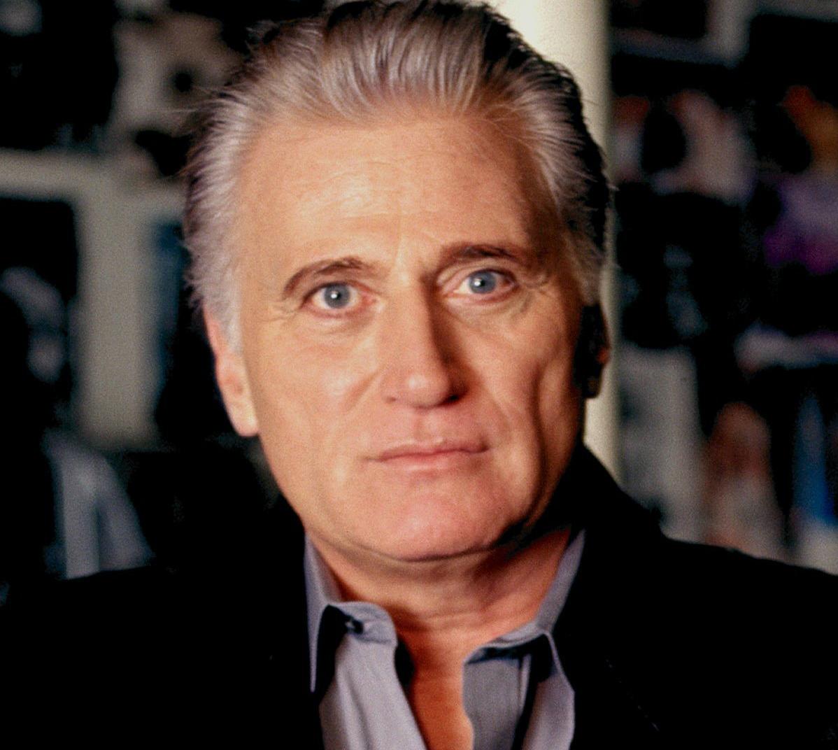 Frank Smith (Joe Cortese)