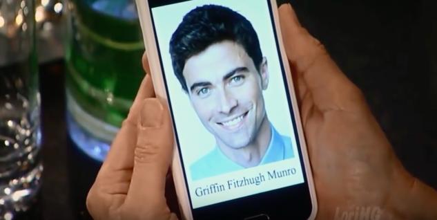 Griffin Munro (Matt Cohen)