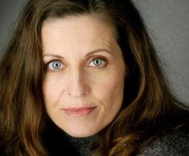 Veronica Wilding (Jennifer Hetrick)
