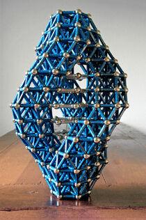 Triple Spiral with hexagonal base 01.jpg