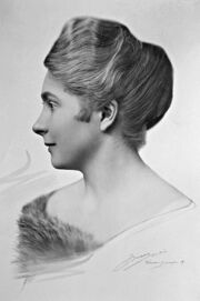 Thea Breckerbaum 1902-2012.jpg