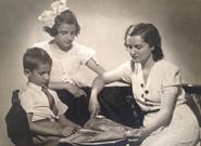 1941 Vasiliki.AthiridouwithsonGrigorisanddaugherNiki