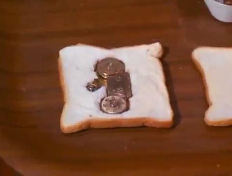 Bread Tape-recorder
