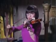 Violin-gun