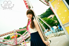 Yuju LOL Promo Photo (3)