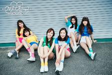 LOL group photo (4)