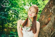 Sowon LOL Promo Photo (4)