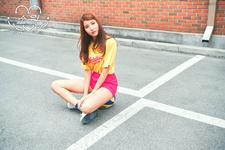 Sowon LOL Promo Photo (2)