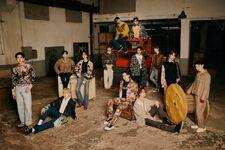 SEVENTEEN hitorijanai group official photo