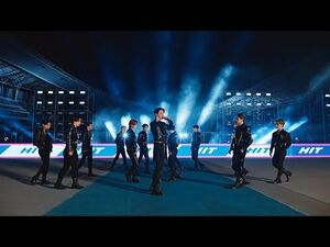 SEVENTEEN Performs 'Hit'